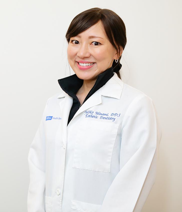 院長 Y.MINAMI (English speaker)